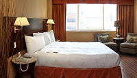 Hotels.com room